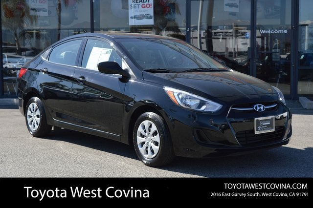 Pre-Owned 2017 Hyundai Accent